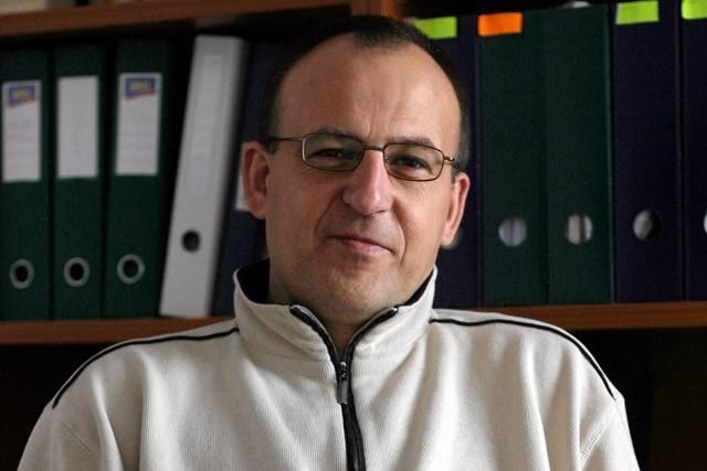Psycholog dr Tomasz Witkowski uwaa, e wrd psychologw jest wielu szarlatanw