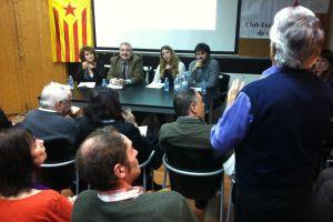 Otázkám naslouchají Llorenc Sotorres (druhý zleva za stolem) a Magalí Andreu (třetí zleva).-Foto:David Koubek
