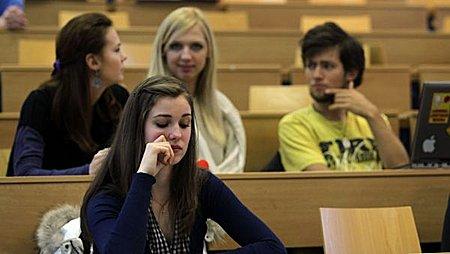 Srovnn vysokch kol: Univerzita Karlova vzala VE primt v ekonomii