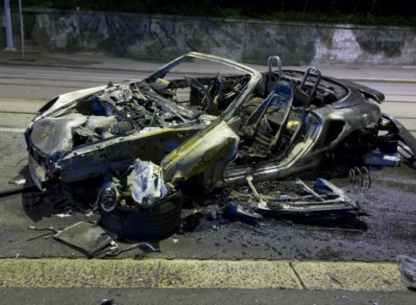 Porsche accidentée