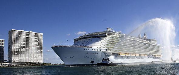 Royal Caribbean Cruises Allure of the Seas.