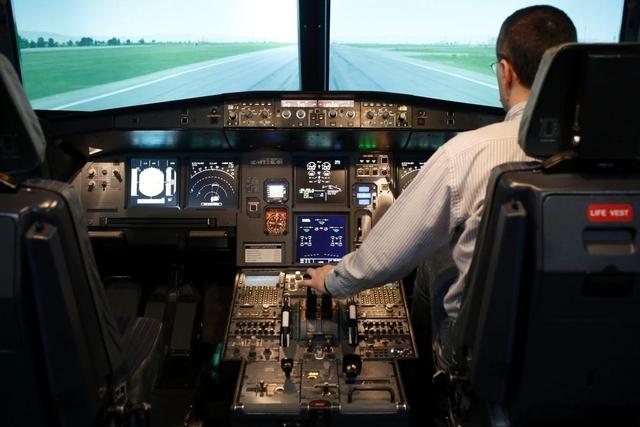 Pilotensuizide sind äusserst selten: Das Innere eines Airbus-A320-Cockpits. (26. März 2015)